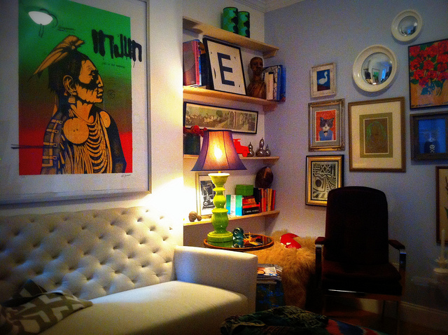 Easy decor for your first apartment gentwenty - Decorating your first apartment ...